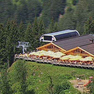 Seilbahn mit Alpenrestaurant