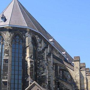 Готические хоры церкви