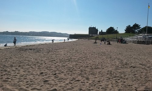Broughty Ferry Castel in the distance