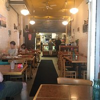 Small place with great food good atmosphere