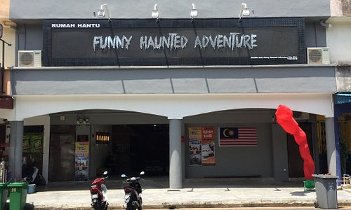 1st in Malaysia Funny Haunted Adventure (Rumah Hantu Lawak) It's Funny Haunted House, Happy ,Fun
