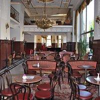 Moskva hotel and restaurant