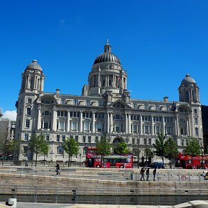 A nice walk here everyday is a good itinerary when you visit Liverpool