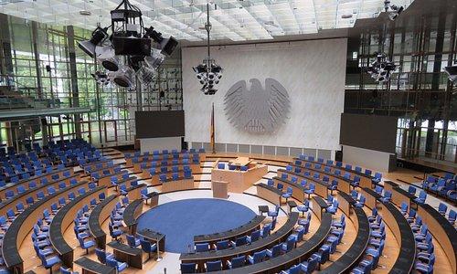 Plenary Chamber (former Bundeshaus 1992-1999)