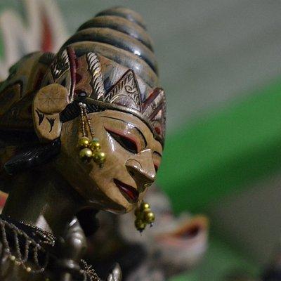 Antique head of Sinta