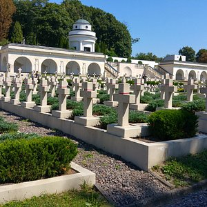 cementary monuments