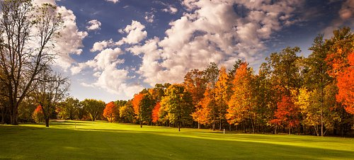 Our hole number 16 is showing its beautiful fall colors!