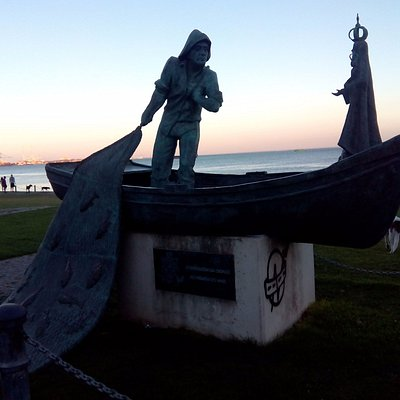 Estatua homenaje al pescador