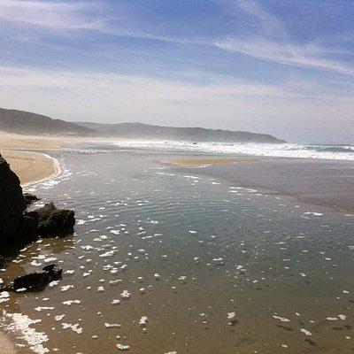 Plage de Rostro à marée basse: personne à l'horizon