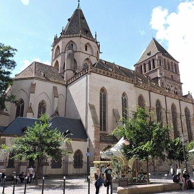 Iglesia de Santo Tomás, Estrasburgo, La Alsacia, Francia.