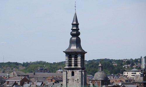 Колокольня и шпиль церкви - вид с вершины форта