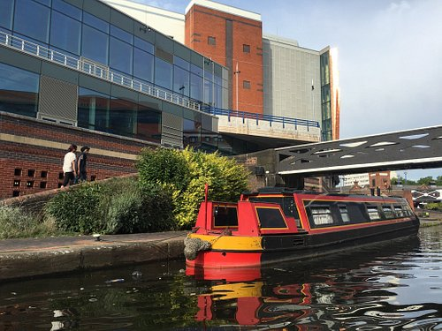 One hour on the canal for 8 pounds, the most soothing time in Birmingham!
