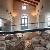 """Veduta di """"Su Nuraxi 'e Cresia"""", il nuraghe visitabile dall'interno di Palazzo Zapata (Polo Muse"""