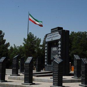 war-memorial.jpg?w=300&h=300&s=1