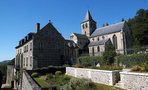 Abbaye de Graville - Photo L-Bréard