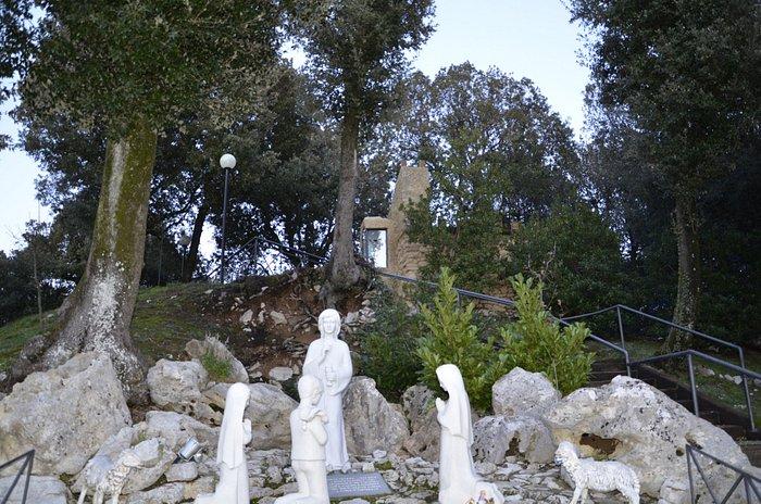 scena scultorea che rievoca l'apparizione dell'angelo a Fatima