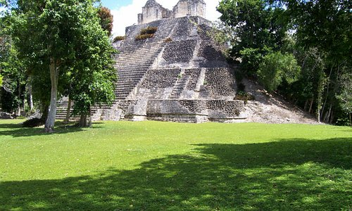 Dzibanche Pyramid