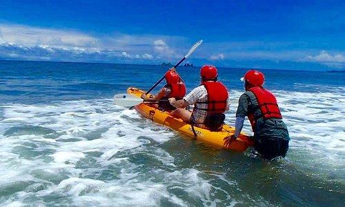 Bahia Ballena kayaks
