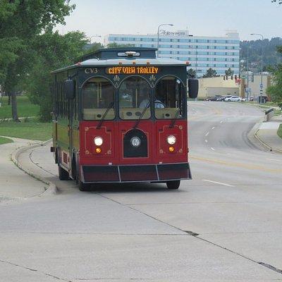 Trolley approaching Memorial park
