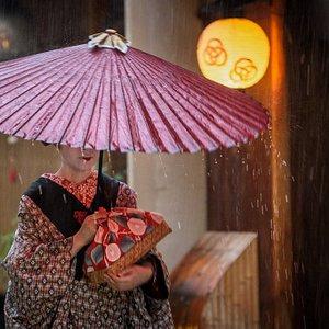 Gion Evening Tour & Private Kyoto Tour
