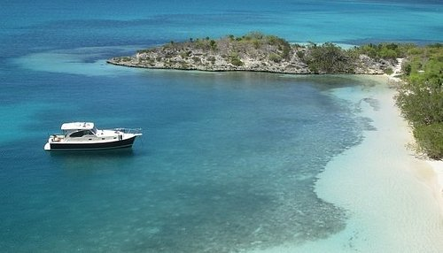 Cruise to beautiful Green Island