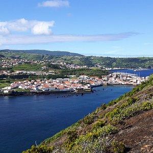 Uitzicht op Horta vanaf de Monte da Guia
