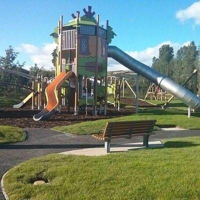 V36 park at the valley