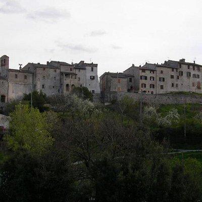 """Il castello di Itieli visto dal colle """"Censo"""""""