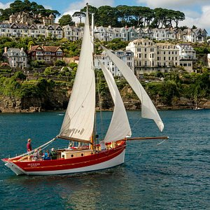 Sailing into Fowey harbour