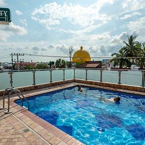 The Rooftop Pool at the Quality Inn Mazatlan