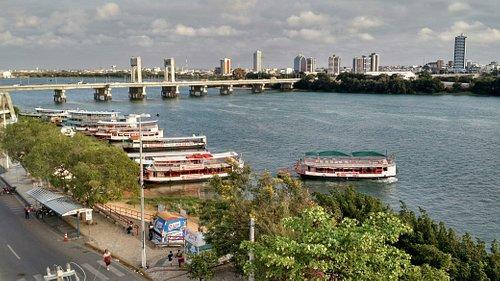 Vista do local de café da manhã do hotel