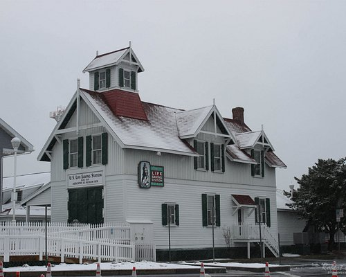 Snow covered Ocean City Life Saving Station Museum