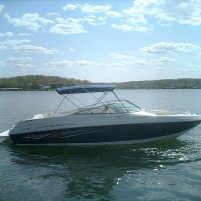 Our 30ft Rinker