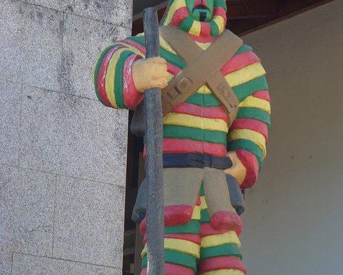 Estátua de um careto