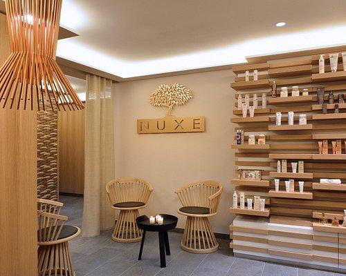 L'accueil de notre Spa Nuxe ainsi que de sa boutique de produits