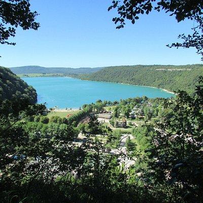 lac de Chalain vu depuis un des belvédères