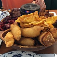 PU PU Platter for two
