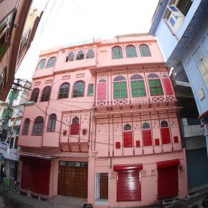 the nukkad guest house where cooking class take place