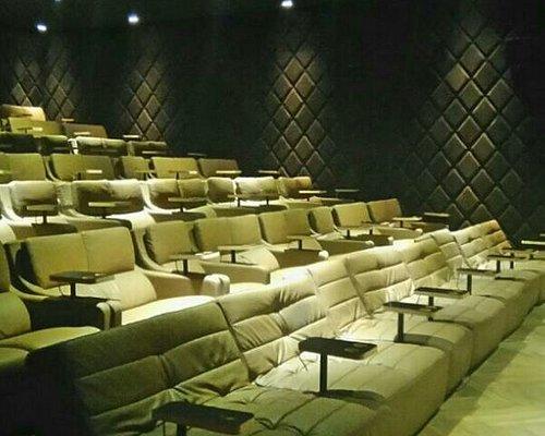 Çok güzel ve konforlu bir sinema