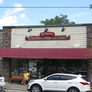 This is The Place, for the Best Ice Cream Treat !!