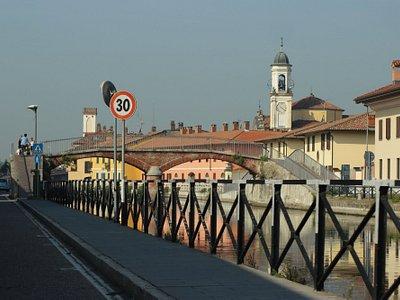 Milano ->> Pavia - Naviglio: fürs Fahrrad (hier Gaggiano)