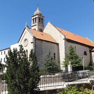 聖フランシスコ教会(北側から)