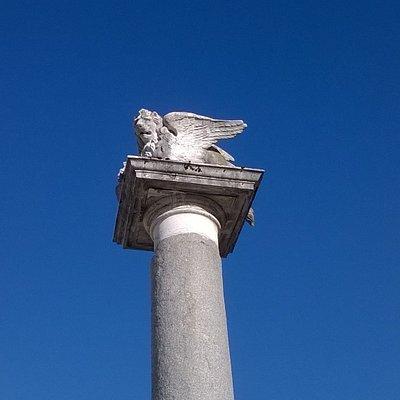 Piazza Martiri della Libertà - colonna del Leone di San Marco
