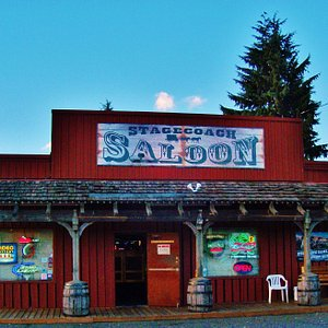 straigh on view of the Stagecoach Saloon from the street