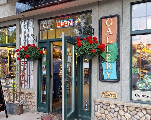 Welcome to Aspen and Evergreen! An experience of handmade art by local Colorado Artists!