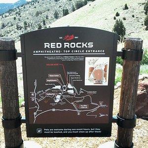 Настоящее природное чудо- горы из красного камня