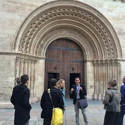 Puerta románica de la Catedral de Valencia