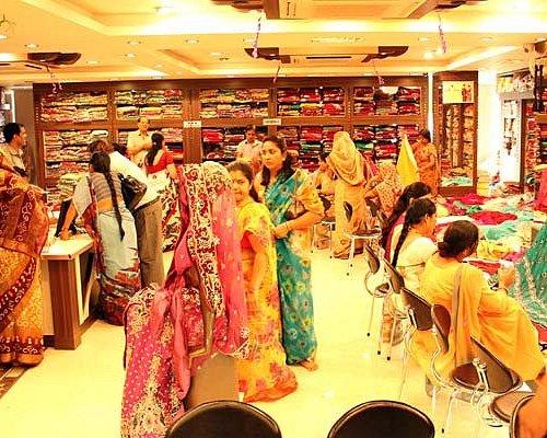 Indian Wedding & designer store with fully ecommerce enabled shop online www.bharatplaza.com