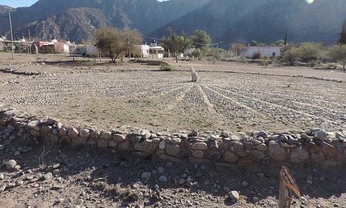 reloj indígena - san nicolás, cerca de chilecito, la rioja