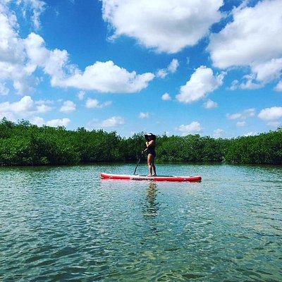 Si buscas relajación, te invitamos a que hagas Stand Up Paddle.